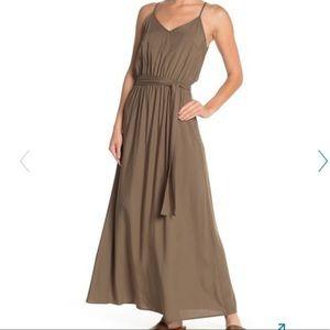 Vanity Room Maxi Dress 🔥